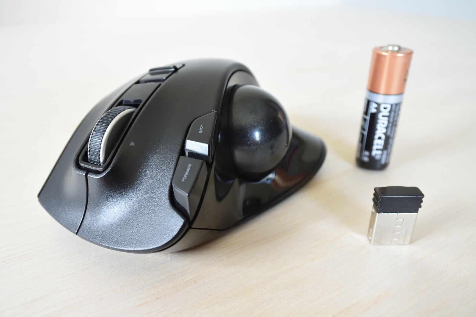 M-XT3DRBK:多いボタンが特徴のエレコム製トラックボールマウス【インプレ】