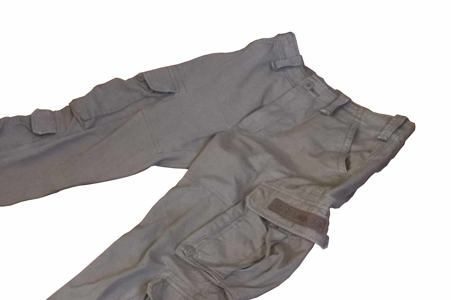 ALPHA(アルファ)社の 9ポケット カーゴパンツはカッコイイ【インプレ】